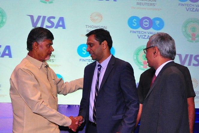 Honourable Chief Minister of Andhra Pradesh, Shri Nara Chandrababu Naidu with Mr. Pradeep Lankapalli, Managing Director, Thomson Reuters South Asia
