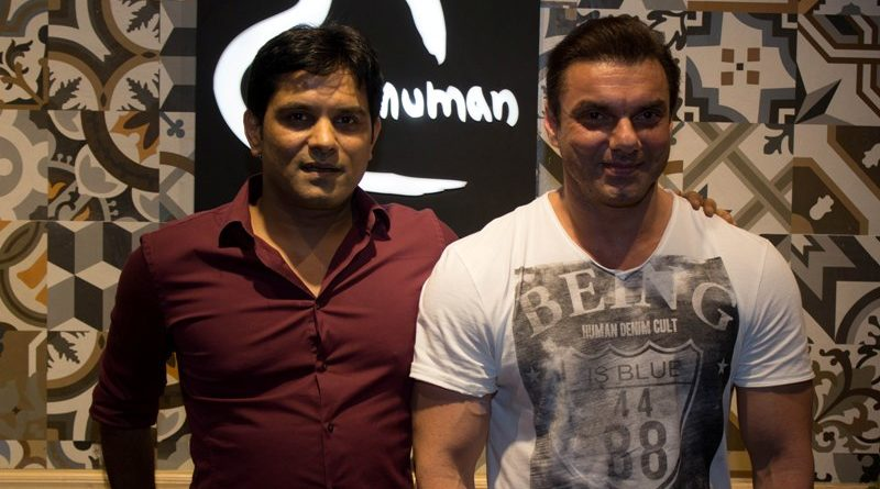 Mr.Manish Mandhana with Sohail Khan at the opening of Being Human Store in Navi Mumbai.