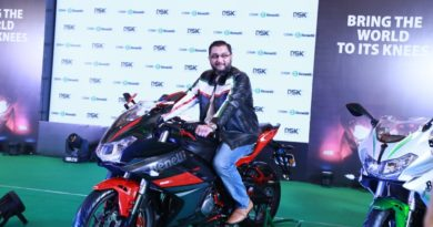 Mr. Shirish Kulkarni, Chairman, DSK Motowheels at 302 R Launch_2