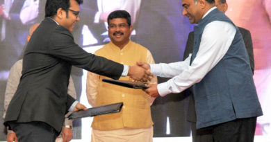 Shri Dharmendra Pradhan launches Start-up Programmes for entrepreneurs in Oil and Gas sector