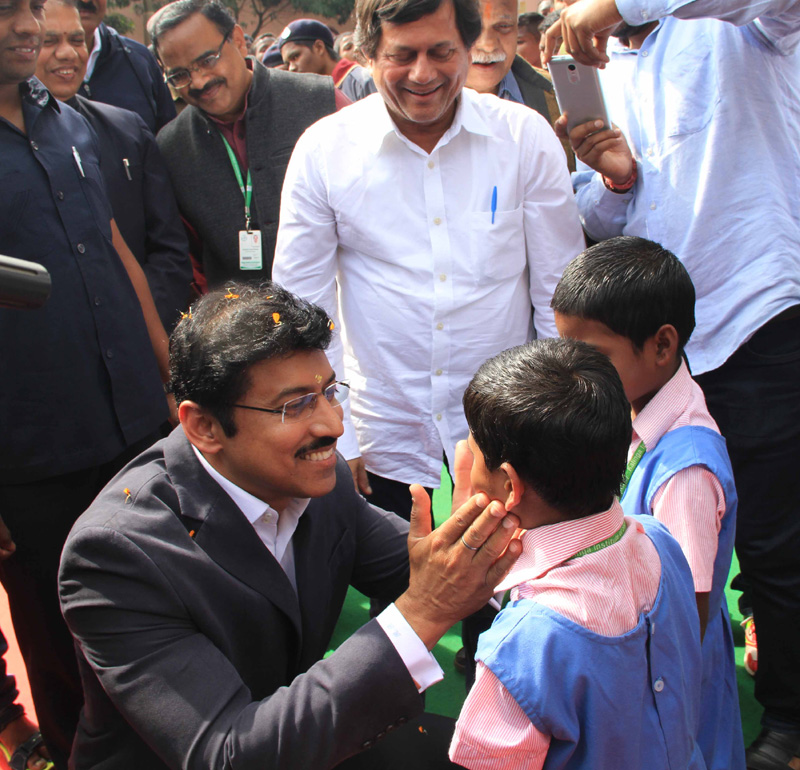 Rajyavardhan Singh Rathore interacting with the students of KISS, at Bhubaneswar,