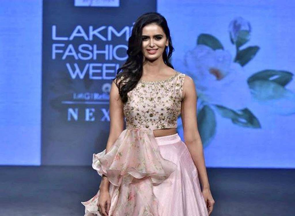 Lakme Fashion Week And Smartwater Launch The Second Edition Of The Platform