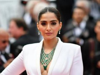 "There Shouldn't Be Any Labels Or Restrictions,"" Says Sonam Kapoor"