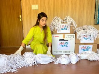 Sparsh Ganga's Arushi Nishank hands over 10,000 khadi masks for soldiers