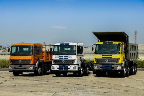 """Daimler India Commercial Vehicles (DICV), Daimler's commercial vehicle subsidiary in India, achieved yet another major milestone during the first quarter of 2020. Within eight years of the start of production in 2012, the company sold more than 100,000 medium and heavy-duty trucks in India. This marks an unprecedented ramp-up in the world's toughest commercial vehicle market. Mr. Rajaram Krishnamurthy, Vice President Marketing and Sales commented that, """"BharatBenz trucks are specifically designed for India. Reaching 100K truck sales so soon shows how much Indian customers appreciate Daimler's quality and value. We are very proud to celebrate this milestone and look forward to many more."""" Additionally, Daimler Buses has sold more than 4500 BharatBenz buses in India since the start of operations in 2015. DICV recently also celebrated important export milestones. Since 2012, DICV has exported more than 30,000 vehicles under the brands BharatBenz, MercedesBenz, Freightliner and FUSO to more than 50 markets around the globe. Moreover, the company has exported 130 million parts to other plants within the production network of Daimler Trucks since 2014. """"DICV is real proof of the 'Make In India' concept. We combine Daimler's worldwide network and long history of engineering with India's ingenuity and frugality. That's how we've exported over 13 crore parts from India to all over the world"""", added Mr. Satyakam Arya, Managing Director and CEO."""
