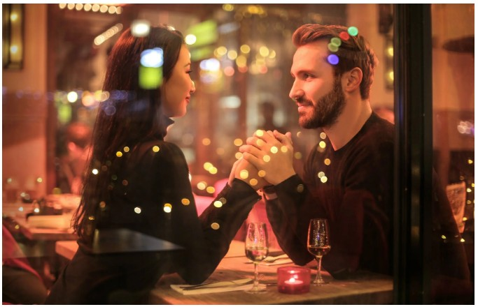 online dating, Single Professionals Presents Millionaire Speed Dating