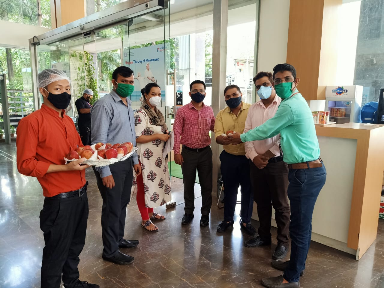 Distribution of apple on world heart day at Global hospital Parel 2