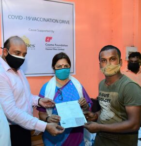 Ms. Meenakshi Lekhi, Minister of State in the Ministry of External Affairs and Ministry of Culture Govt. of India. at Vaccinatin drive organized by Cosmo Foundation